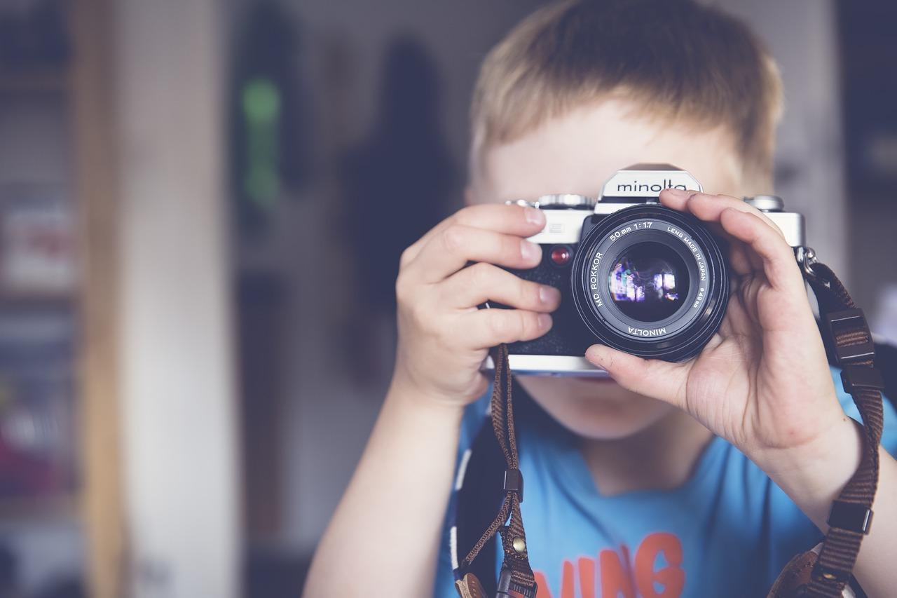 A quel âge offrir un appareil photo